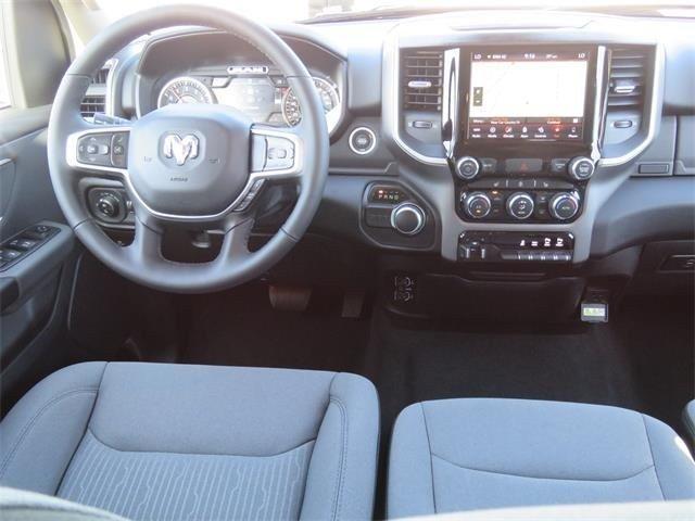 2019 RAM 1500 BIG HORN / LONE STAR CREW CAB 4X2 5