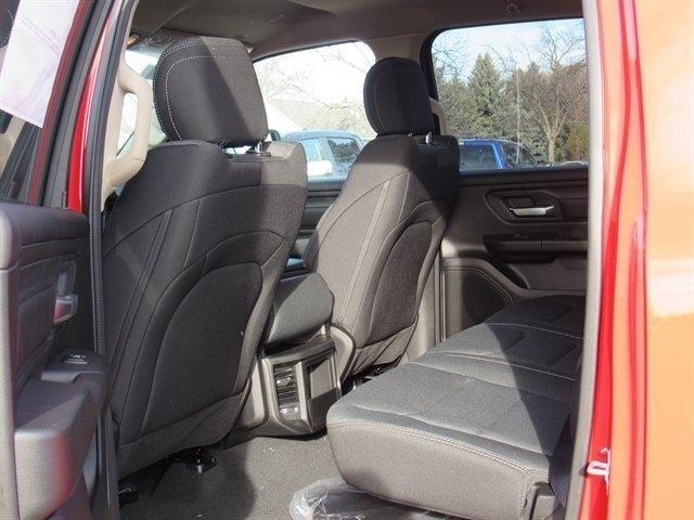 2019 RAM 1500 TRADESMAN CREW CAB 4X4 5