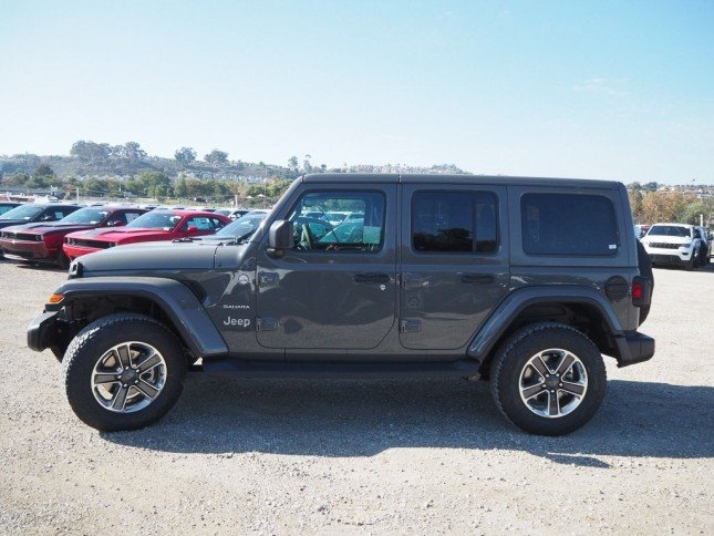 2019 JEEP WRANGLER UNLIMITED SAHARA 4X4
