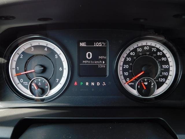 2018 RAM 1500 EXPRESS QUAD CAB 4X4 6