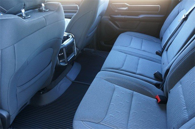 2019 RAM 1500 BIG HORN / LONE STAR CREW CAB 4X2 6