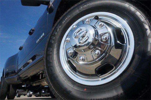 2019 RAM 3500 TRADESMAN CREW CAB 4X4 8