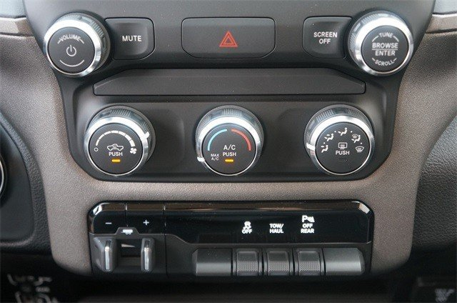 2019 RAM 2500 TRADESMAN CREW CAB 4X4 6