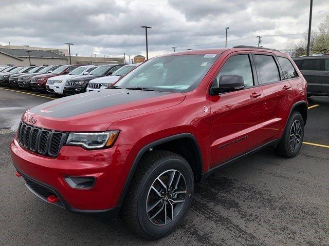 2019 Jeep Grand Cherokee TrailhawkImage 1