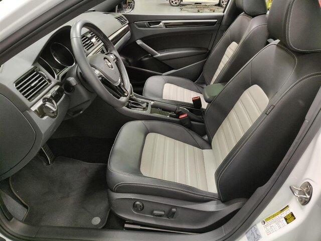 2018 Volkswagen Passat 3.6L V6 GT w/ Sunroof