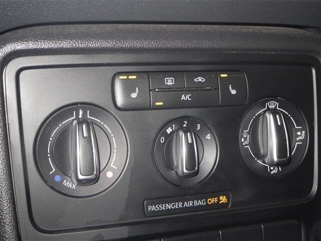 2014 Volkswagen Beetle TDI Convertible w/ Nav & Fender Audio